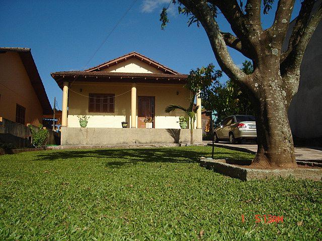 Casa em Portão no Bairro Cantão