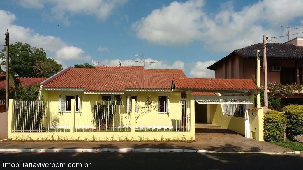 Casa Residencial em Portão no Bairro Estação Portão
